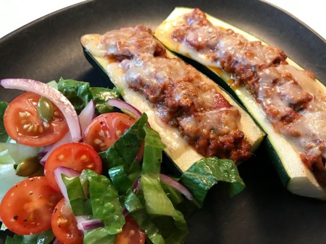 Köttfärsfylld squash/zucchini